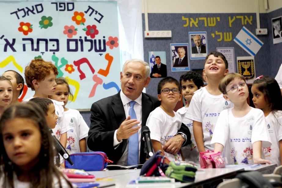 Le premier ministre israélien Benyamin Nétanyahou rencontre des... (PHOTO GALI TIBBON, ARCHIVES REUTERS)